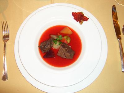 和牛ほほ肉と根菜のポトフ風