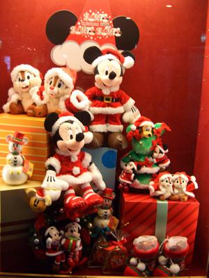 クリスマス一色のショーウィンドゥ