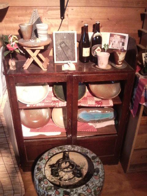 火鉢と大皿