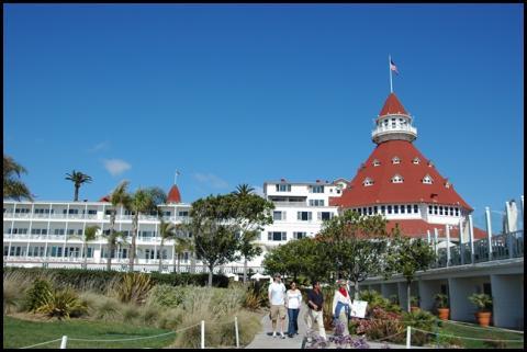 コロナドホテル