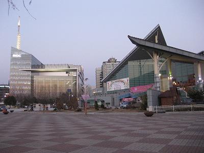 韓国3月 2 085