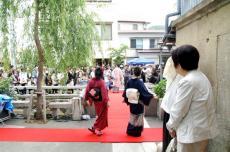f-kimonos.jpg