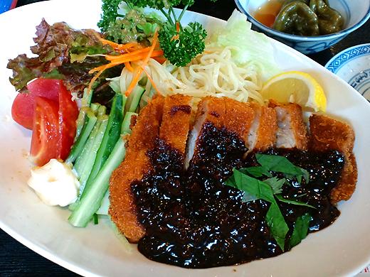 名北飯店 味噌カツ冷麺