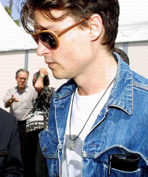 2002-05-17-Cannes_xxx_11815.jpg