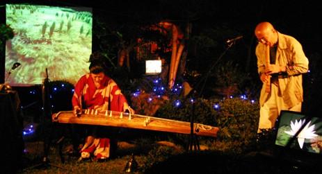 光アートと尺八・筝のコンサート