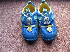 トーマスの靴