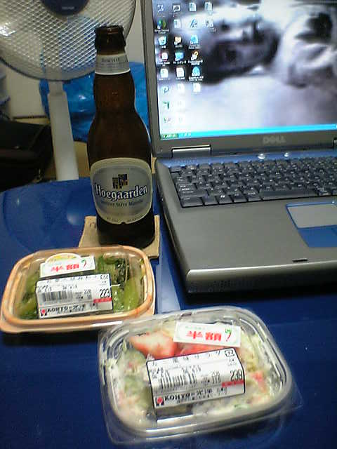 シュワシュワとカニ風味サラダと小松菜のゴマ和え