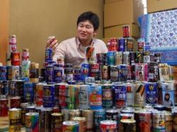 コツコツ集めた700種の缶コーヒー