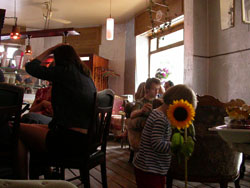 cafe_berlin2.jpg