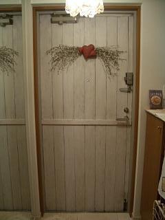 玄関ドア内側