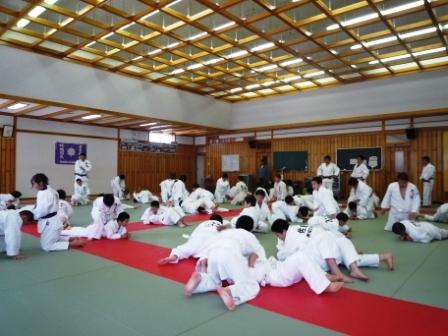 本荘高校武道館