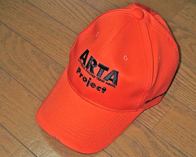 ARTAのキャップ