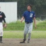 3回裏、佐藤の適時二塁打で2点を追加