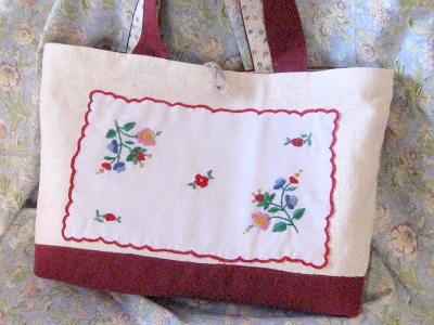 ⑩ハンガリアン刺繍のリネントートバッグ  の補正