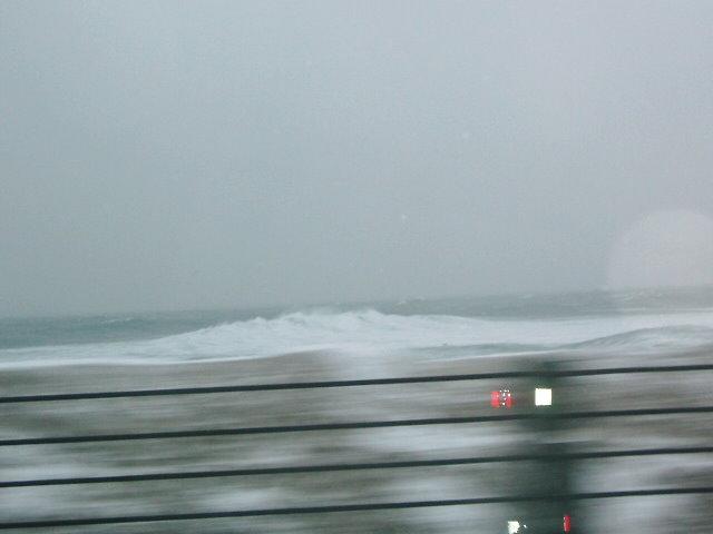 日本海は大荒れでした