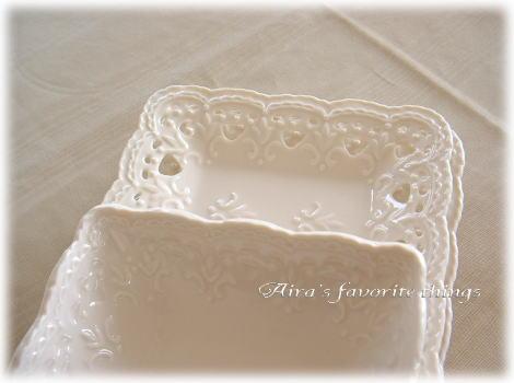 white dish2