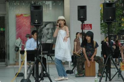 060802新宿東口商店街振興組合「新宿ブギウギ・お掃除ブギウギ」発表セレモニー03