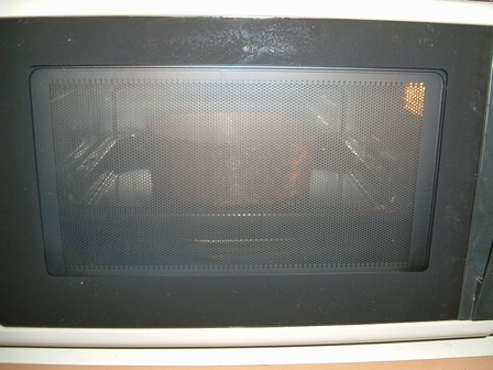 180度に余熱したオーブンで25~30分焼く。図1