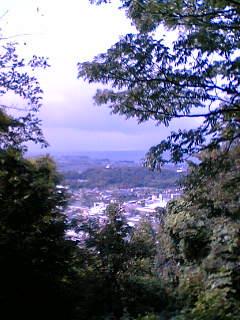 佐和山より琵琶湖と彦根城を臨む