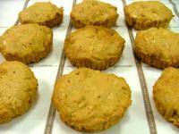 キャラメルとアーモンドの厚焼きクッキー