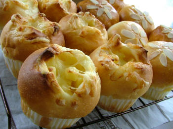 チーズパン&クリームパン