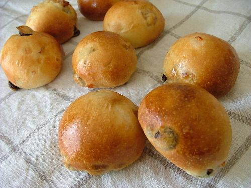 オレンジピール&レーズン&クルミのパン