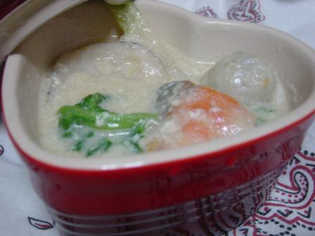 鮭と根菜の味噌シチュー