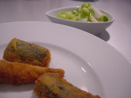 鯖のフリットとレモンのきいたサラダ