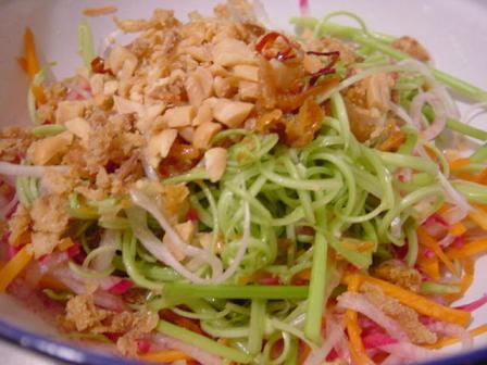 空芯菜となますのサラダ