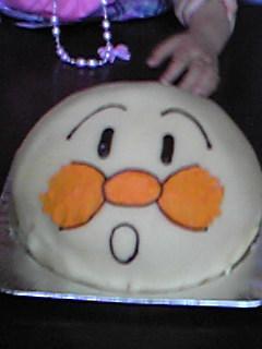 ケーキはアンパンマン!