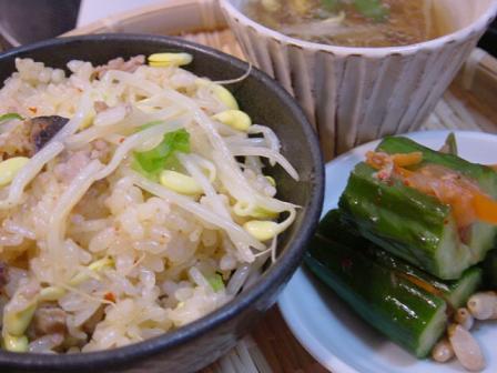 豆もやしご飯とオイキムチ