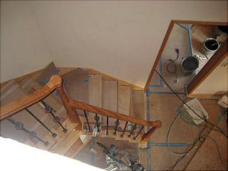 0218階段上から