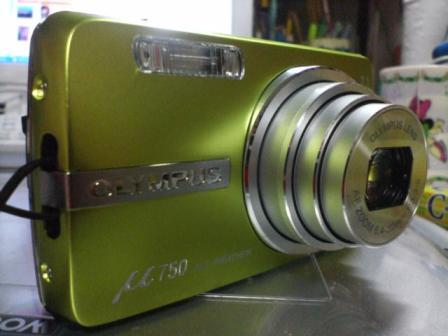OLYMPUS コンパクトデジタルカメラ