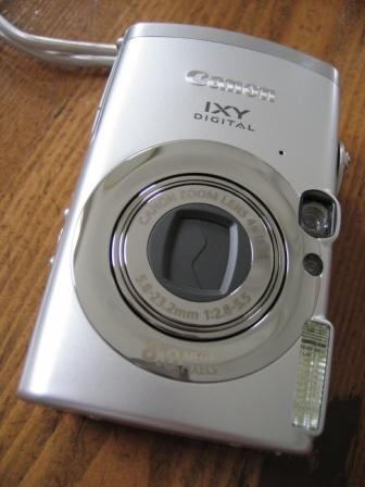 CANON IXY 810IS