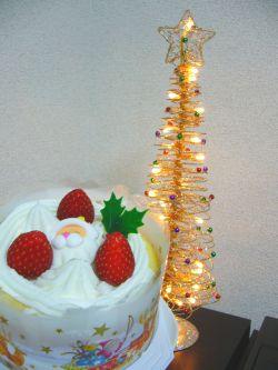 クリスマスツリーとケーキのコラボ