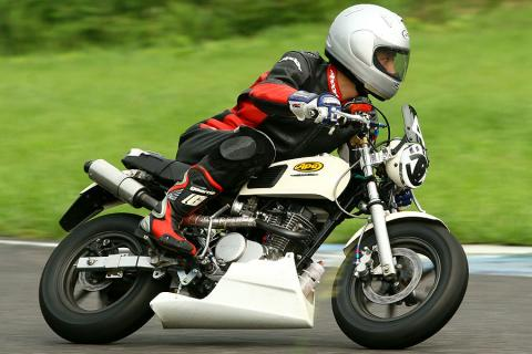 K3カップミニバイク4時間耐久レース