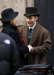 Celebs+Set+Sherlock+Holmes+Manchester+l-b9oEhIpzal.jpg