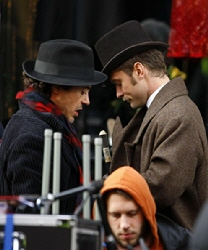Celebs+Set+Sherlock+Holmes+Manchester+xhXA9w_7TLQl.jpg