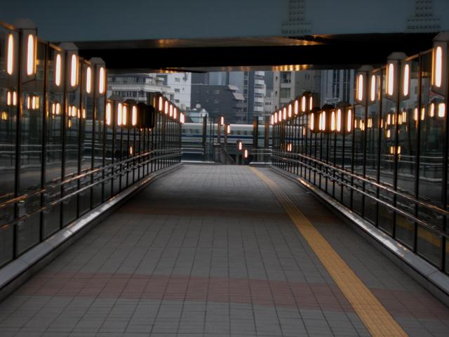 朝の街路灯