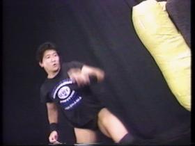 前田の蹴り