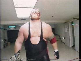 WCWのベルトを携えてベイダー登場