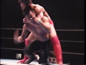 田村、執拗にスリーパー