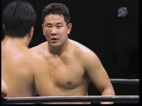 永田の顔面が腫れる