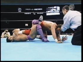 武藤のウィークポイント、膝を攻める
