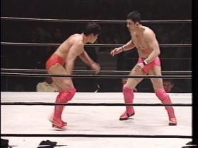 6分30秒、突如田村からレスリング勝負に