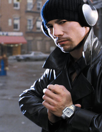 breil-dresses-jamiroquai-s-lead-singer-jay-kay-for-his-new-hit.jpg