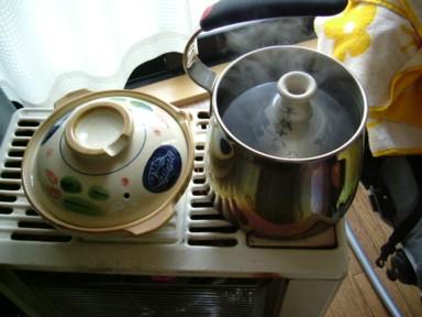 ストーブで鍋・熱燗