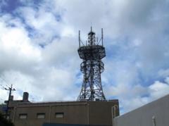 しっかり見張れNTT鉄塔