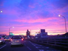 夕闇近づく宮崎大橋