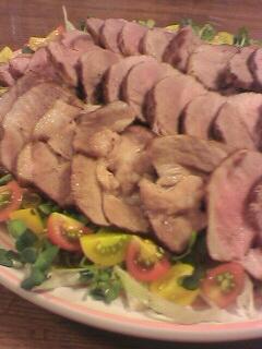 豚肉の紅茶煮サラダ添え